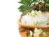 Sea salt and flowers — Stock Photo