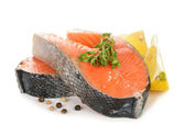 Raw salmon with herbs and spices — ストック写真