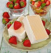 Ijs met aardbeien — Foto de Stock