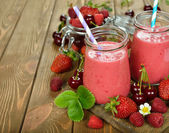 Berry smoothie — Stock Photo
