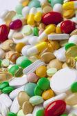 Mnoho barevných léků — Stock fotografie