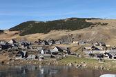 Vieja aldea del lago — Foto de Stock