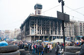 KIEV,UKRAINE FEB 22: Trade Unions house burnt as a result of riot police attack 2014 — Stock Photo
