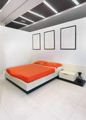 Contemporary bedroom — Stock Photo