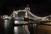 Tower bridge night — Stock Photo