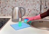 Domestic chores — Stock Photo