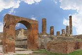Pompeii columns — Stock Photo