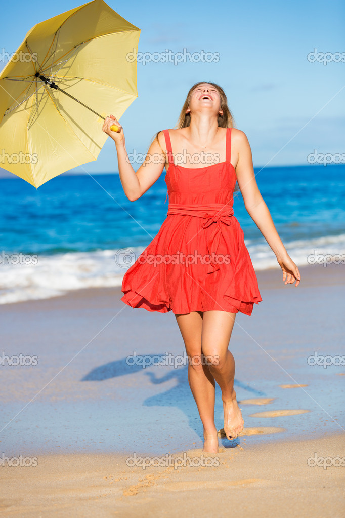 Beautiful Young Woman Walking on Tropical Beach with Colorful Umbrella — Stock Photo #13844144