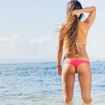 Beautiful young woman in sexy bikini — Stock Photo