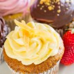 Cupcakes — Stock Photo #27766849