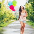 belle fille avec des ballons — Photo