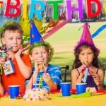 Kids Birthday Party — Stock Photo #31190557