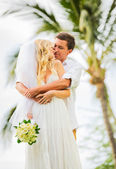 Just married couple sharing intimate moment — Stock Photo