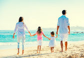 Happy Family on the Beach — Стоковое фото