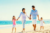 Happy Family on the Beach — ストック写真