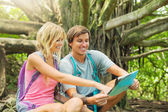 Couple having fun outdoors on hike — Stock Photo