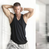 Sexy male fitness model — Stock Photo