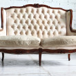 Vintage sofa in the room — Stock Photo