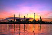 Refinery plant area at twilight — Stock Photo