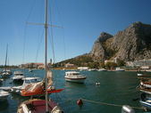 Omis - harbour in croatia — Stock Photo