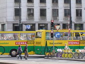 Traffic in vienna - austria, the bus line — Stock Photo