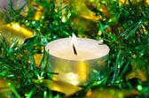 świeca z blichtr boże narodzenie — Zdjęcie stockowe