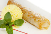 Strudel med glass — Stockfoto