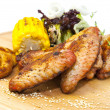 Chicken wings are grilled — Stok fotoğraf