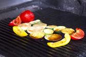 приготовление овощи на гриле — Стоковое фото