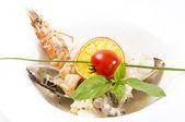 Insalata con verdure e frutti di mare — Foto Stock