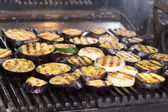 Cooking vegetables on the grill — Stock Photo