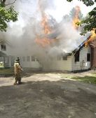 Incendio de la casa — Foto de Stock