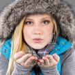 Female Model With Winter Clothes — Stock Photo