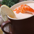 King prawns soup with lemon close up — Stock Photo