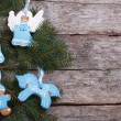 Blue gingerbread cookie on a Christmas tree. horizontal — Stock fotografie