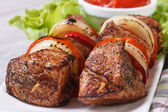 Grilled shashlik with vegetables and sauce macro. Horizontal — Stock Photo