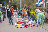 Shopping on the market on queensday — Stock Photo