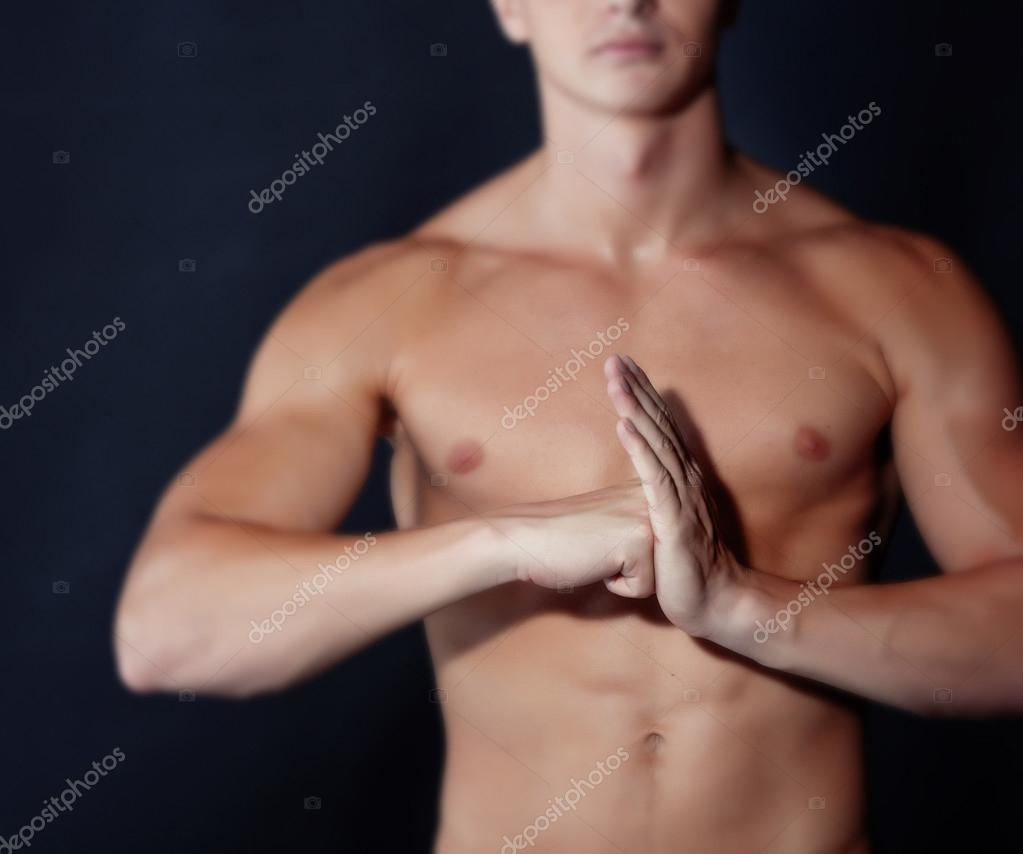 Portrait of muscular man isolated on black — Stock Photo #12206273