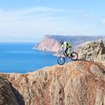 Mountain bike rider — Stock Photo #20756359