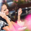 Business-Frau in café — Stockfoto