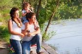семья на пикник — Стоковое фото