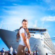 Young woman traveling on the cruise ship — Stockfoto
