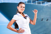 Young woman near cruise shabbierip — Stock Photo