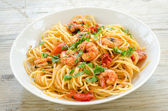 Spaghetti with shrimps — Stock Photo
