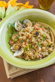Risotto with seafood and zucchini flowers — Foto de Stock