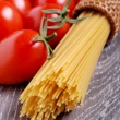 Spaghetti and tomatoes — Stock Photo #22714405