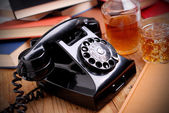 Teléfono retro negro — Foto de Stock