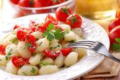 樱桃番茄土豆团子 — Stockfoto