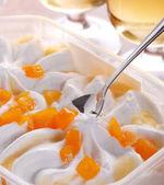 Yogurt ice cream — Stock Photo