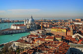 View of Venice rooftops from above, Italy — Stock Photo